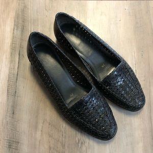 Vintage Black Woven Leather Slip on Loafer Size 7